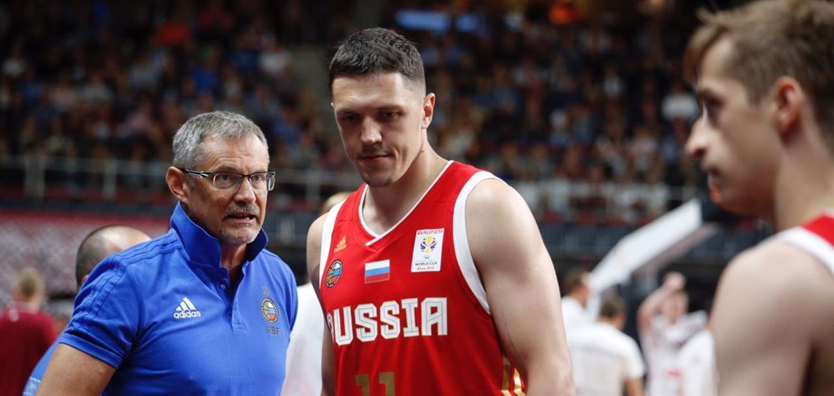 Сергей Базаревич: «Рад, что в сборной Хвостов всегда находит себя»