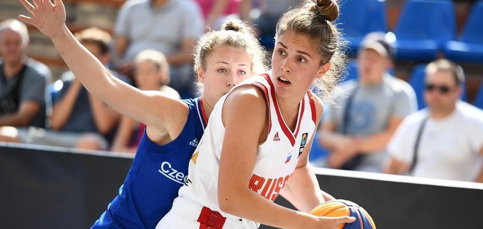 Анна Позднякова: «Почему баскетбол? Должен же в фехтовальной семье кто-то выделяться!»