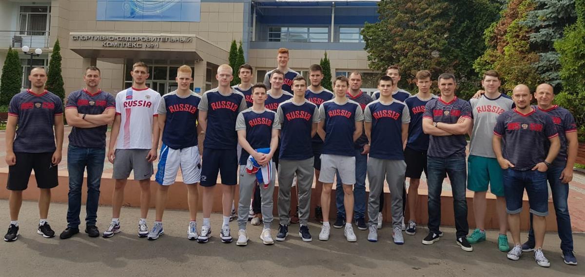 Юниоры U20 отправились на Первенство Европы