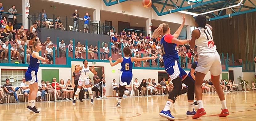 Девушки U20 потерпели первое поражение в сезоне
