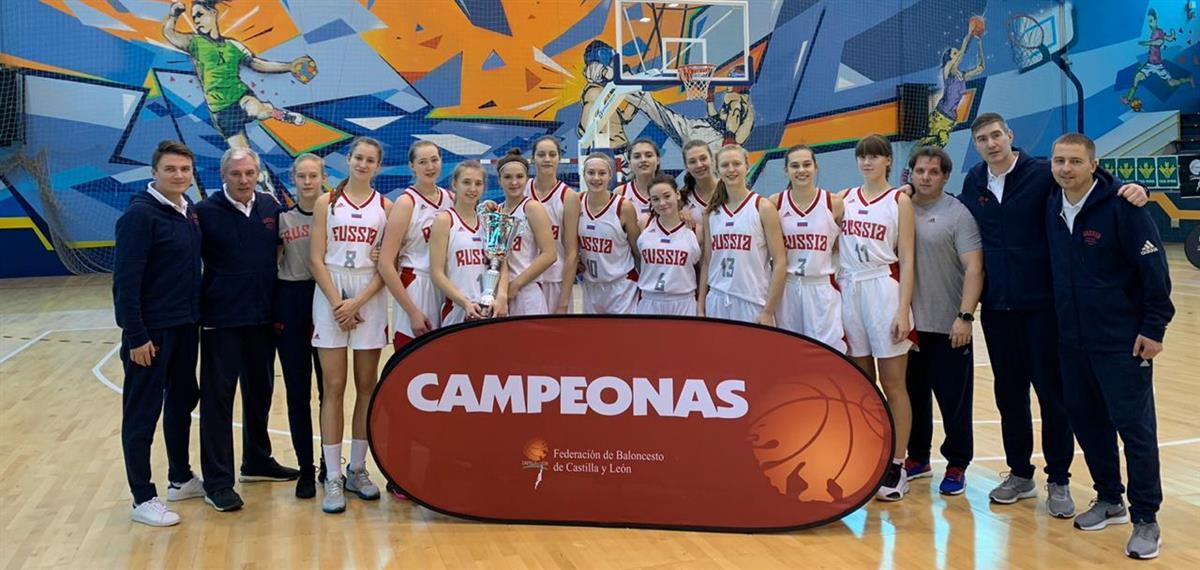 Юниорки U15 выиграли турнир в Саморе!