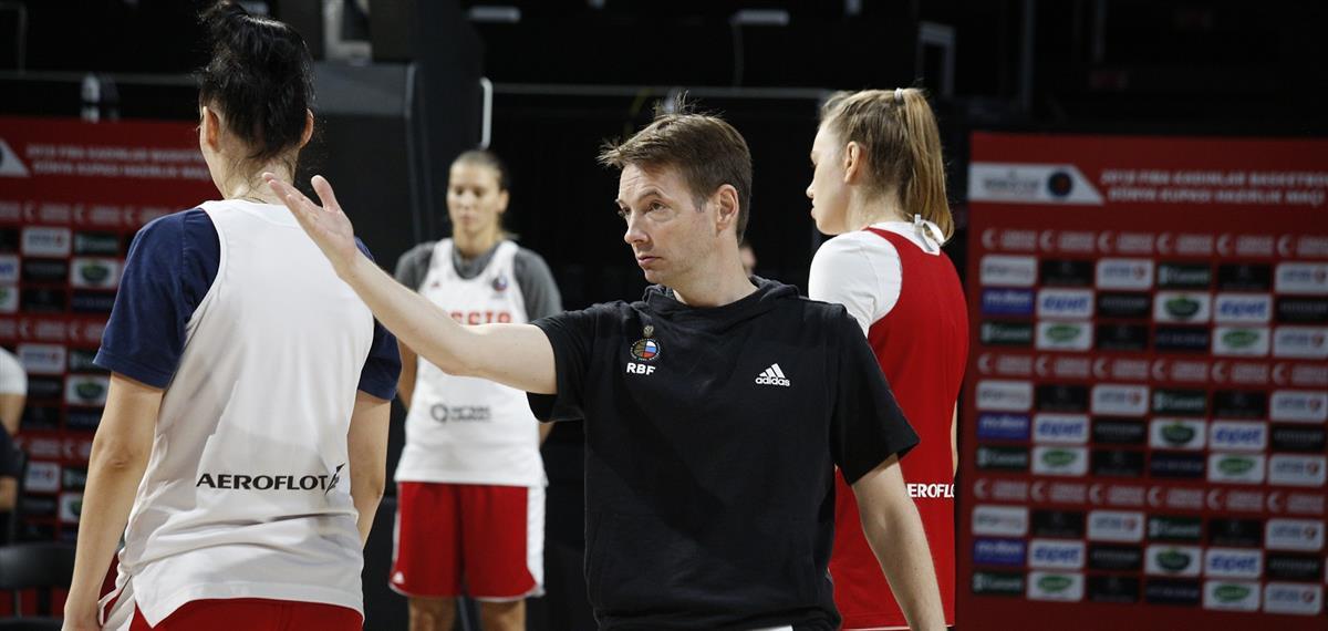 Олаф Ланге: «Важно, что сборная прибавляет в невидимых компонентах»